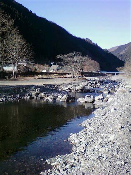 小菅川冬季ニジマス釣場